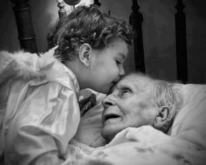criança e avo